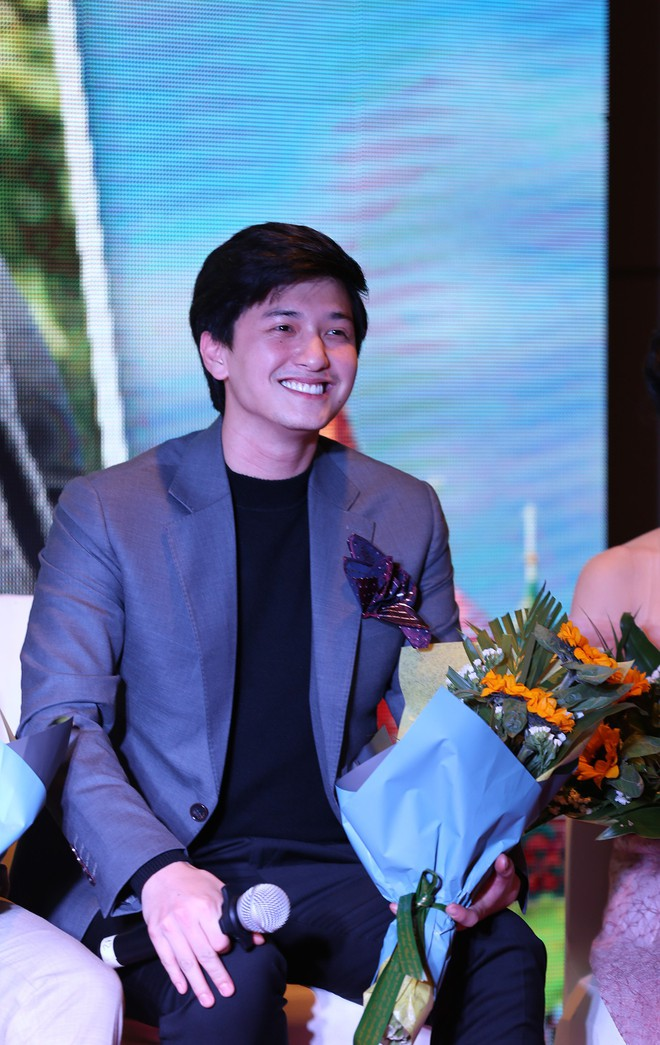Ra mắt phim Việt với dàn sao trong mơ, tình tiết rối hơn tơ vò của đạo diễn Sống chung với mẹ chồng - Ảnh 5.