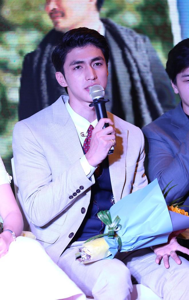 Ra mắt phim Việt với dàn sao trong mơ, tình tiết rối hơn tơ vò của đạo diễn Sống chung với mẹ chồng - Ảnh 6.