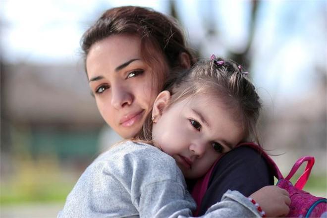 Nguy hiểm tiềm ẩn khi bố mẹ chỉ chăm chăm nuôi dạy những đứa trẻ ngoan ngoãn, biết nghe lời  - Ảnh 1.