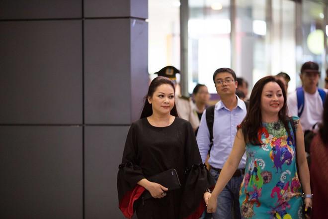 Lại Văn Sâm thừa nhận dẫn kém hơn Phan Đăng; Phim hài Tết của Quang Tèo gây sốc vì nhiều cảnh phản cảm - Ảnh 6.