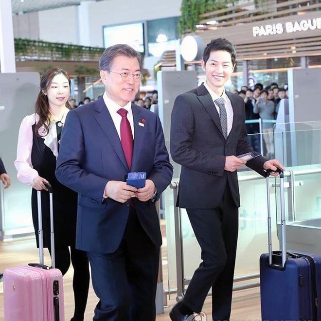 Vừa trở về sau chuyến du lịch cùng vợ yêu, Song Joong Ki đã bận rộn đi sự kiện cùng Tổng thống Hàn - Ảnh 1.