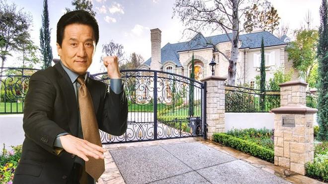 Bên trong biệt thự đẹp long lanh giá 12,5 triệu USD của Thành Long - Ảnh 1.