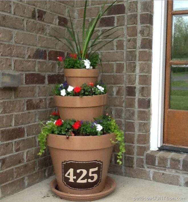 Cách đơn giản và dễ làm để tạo tháp chậu cây cho khu vườn hay hiên nhà bạn thêm sinh động - Ảnh 13.