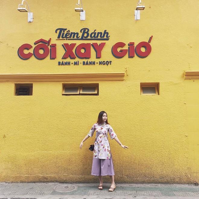 Năm 2017, nhờ phim Việt mà áo dài lên ngôi, được giới trẻ diện nhiều không thua kém các hot trend thời thượng - Ảnh 17.