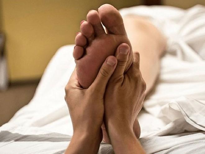 Biện pháp giảm đau gót chân nhanh chóng - Ảnh 4.
