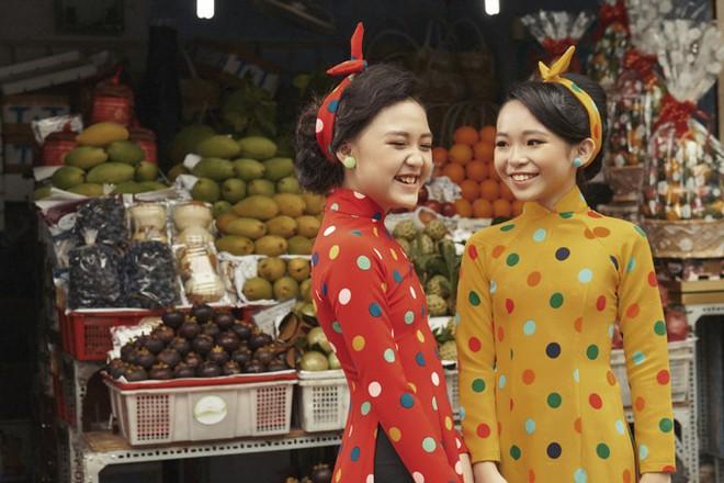 Năm 2017, nhờ phim Việt mà áo dài lên ngôi, được giới trẻ diện nhiều không thua kém các hot trend thời thượng - Ảnh 10.
