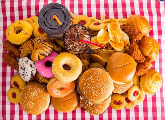 9 thực phẩm mẹ ăn thì ngon nhưng lại khiến con dễ bị trào ngược dạ dày thực quản - Ảnh 6.