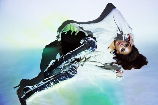 Giữa tin đồn quay lại Next Top Model, Võ Hoàng Yến gai góc, gợi cảm hết mức - Ảnh 3.