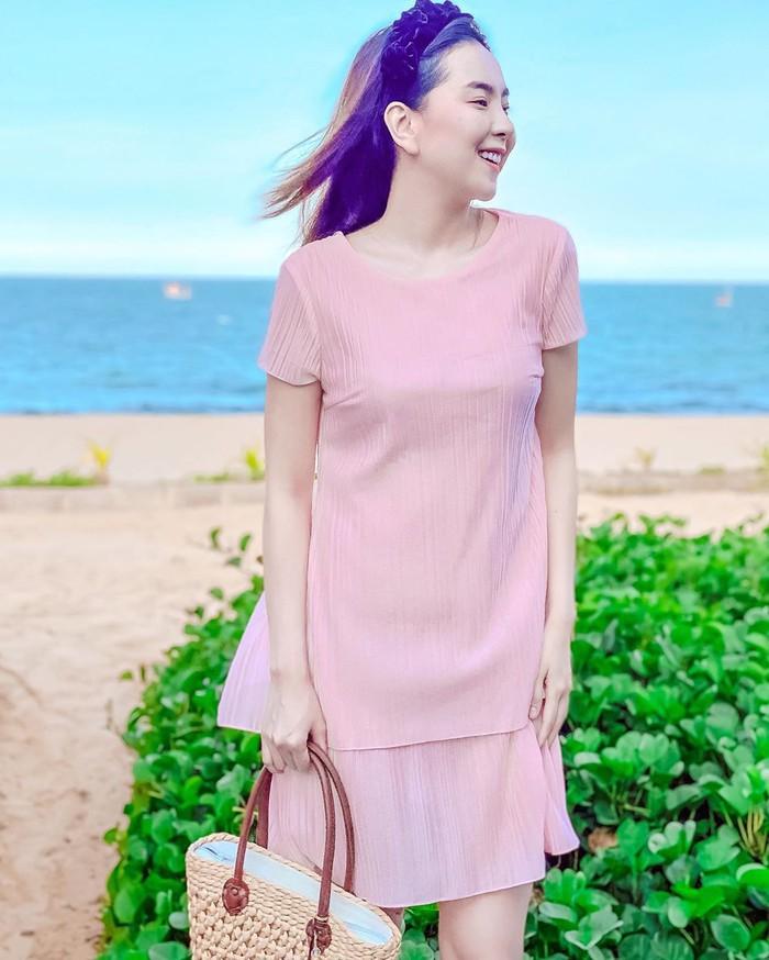 Các mỹ nhân Việt có loạt cách diện chân váy siêu xinh, bạn áp dụng thì sẽ đẹp mọi lúc mọi nơi - Ảnh 10.