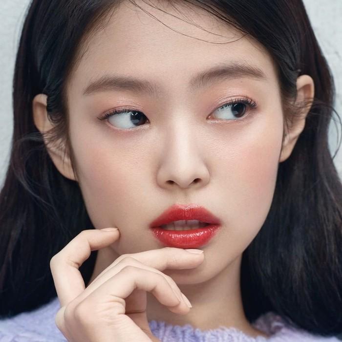 Hair stylist xứ Hàn liệt kê 4 kiểu gương mặt không hợp cắt mái thưa, vì sẽ bớt xinh đi vài chân kính - Ảnh 8.