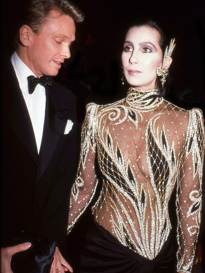 Vogue chọn ra 25 mỹ nhân đẹp nhất mọi thời đại tại thảm đỏ Met Gala  - Ảnh 3.