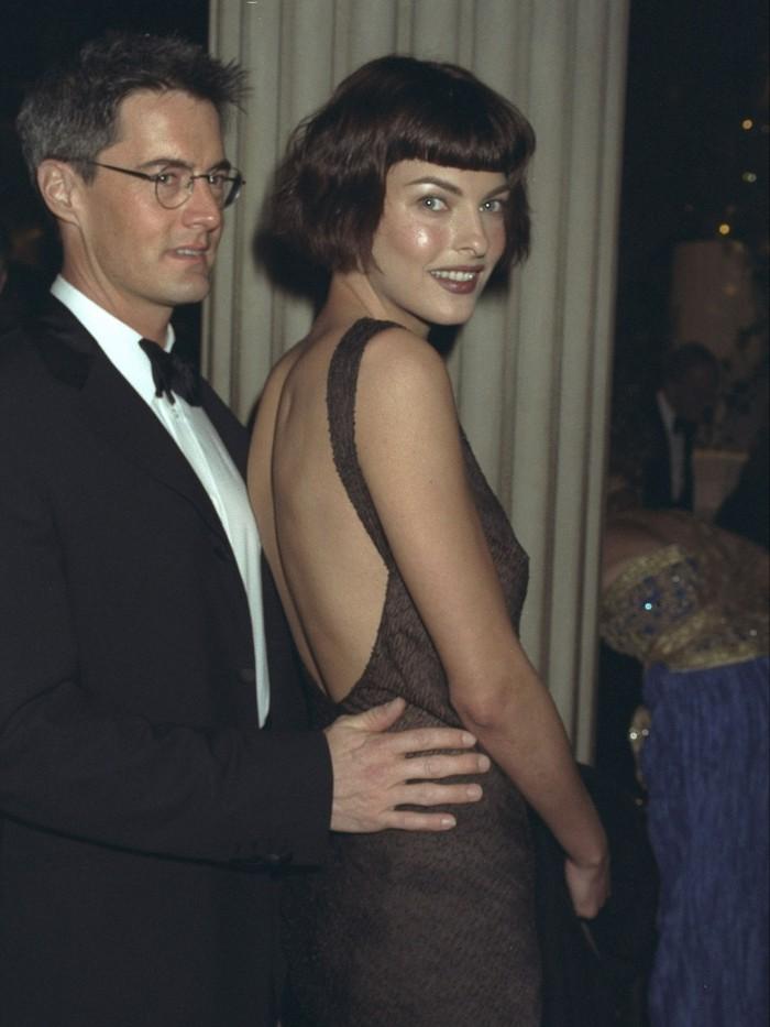Vogue chọn ra 25 mỹ nhân đẹp nhất mọi thời đại tại thảm đỏ Met Gala  - Ảnh 8.