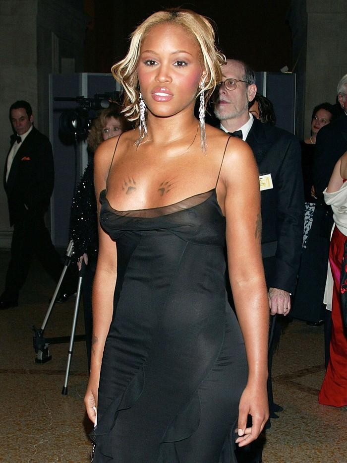 Vogue chọn ra 25 mỹ nhân đẹp nhất mọi thời đại tại thảm đỏ Met Gala  - Ảnh 11.