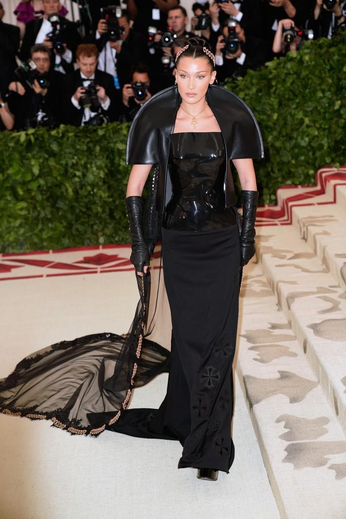 Vogue chọn ra 25 mỹ nhân đẹp nhất mọi thời đại tại thảm đỏ Met Gala  - Ảnh 23.