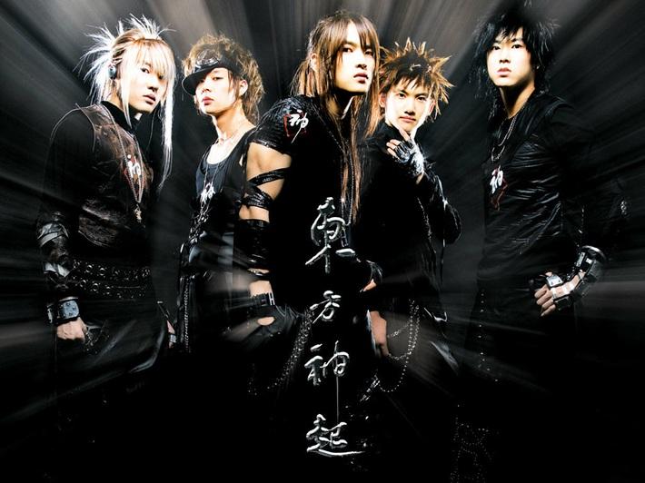 Người ta thì đổi tóc để thăng hạng nhan sắc còn những idol này may mà có nhan sắc mới cân được loạt tóc thảm họa - Ảnh 12.