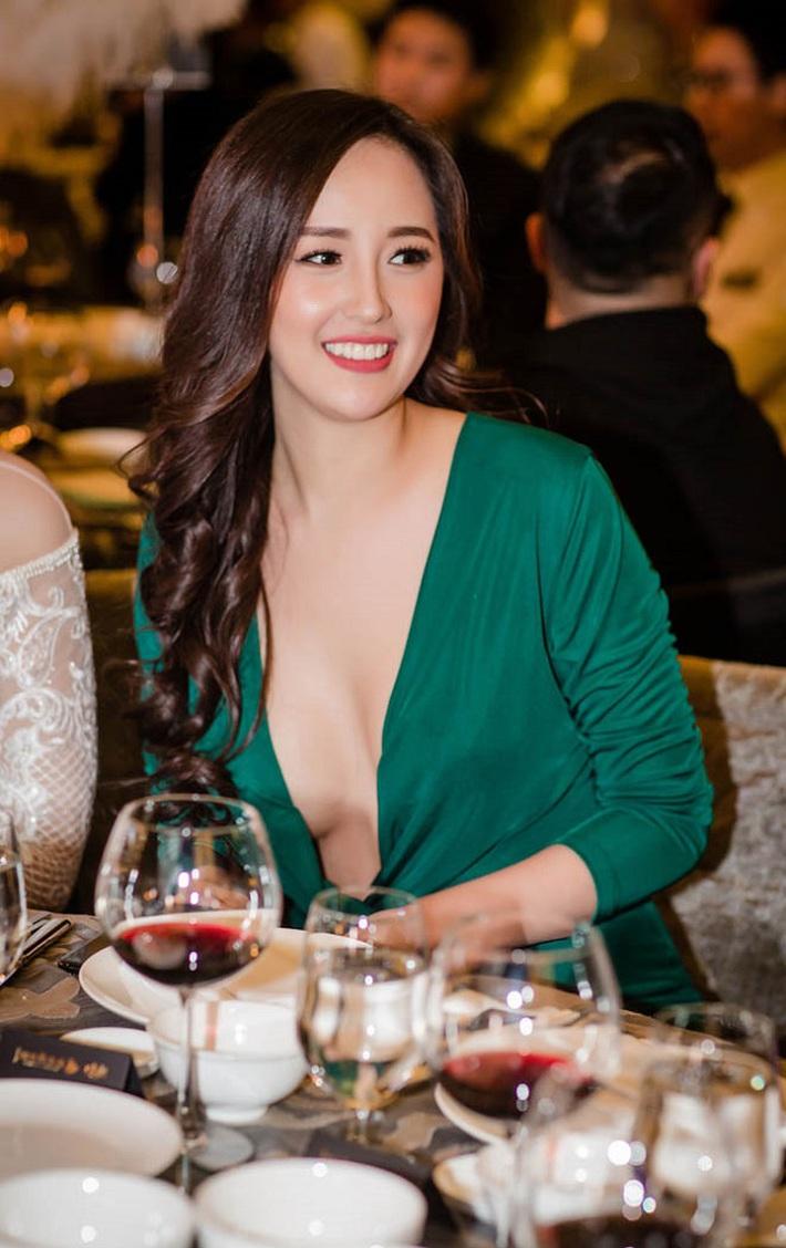 Mai Phương Thúy hết makeup lem nhem lại diện toàn đồ phản chủ, Hoa hậu tự hủy nhan sắc nhiều nhất Việt Nam là đây? - Ảnh 12.