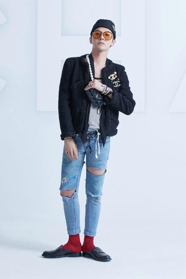 Jennie và G-Dragon lần đầu dự show Chanel cùng nhau: Mỹ nhân BLACKPINK có chút nhạt, ông hoàng Kpop vẫn chất như ngày nào - Ảnh 2.