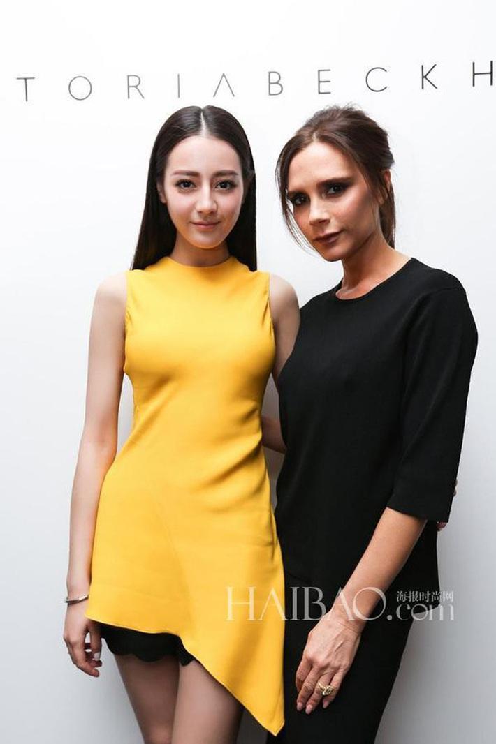 Sao Âu Á đọ style chung khung hình tại Fashion Week: Sao Á không ít lần bị dìm nhưng vẫn có những màn phản đòn khiến fan nở mày nở mặt - Ảnh 5.