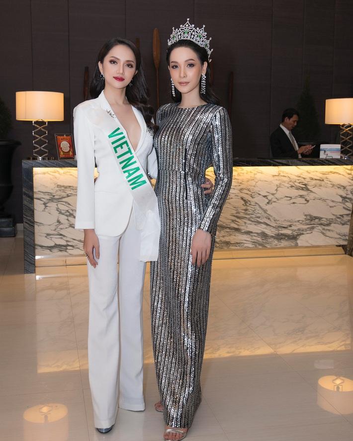 Hương Giang chung khung hình với sao Hàn - Thái: Váy áo, makeup nổi bật hơn, nhưng vẫn có một lần thua thiệt - Ảnh 10.