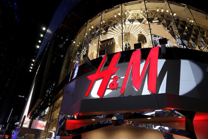 Zara, H&M đóng cửa hàng nghìn cửa hàng trên toàn thế giới, nhiều thương hiệu bán lẻ đồng loạt bế quan vì dịch Covid-19 - Ảnh 2.