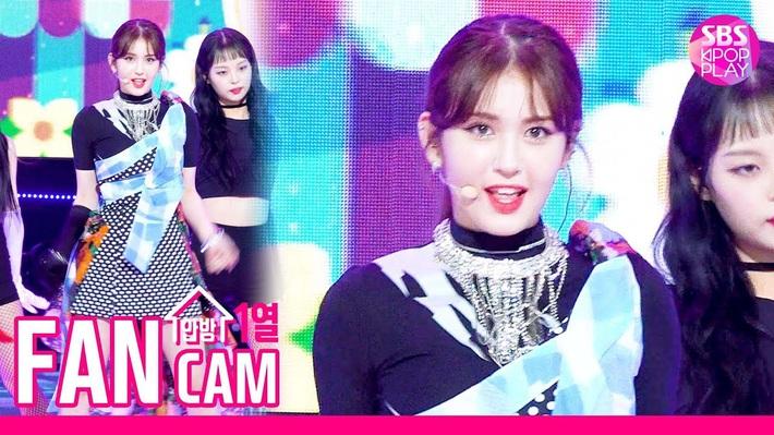 Điểm danh 17 outfit biểu diễn của hội idol bị netizen Hàn ghét cay ghét đắng, đến Black Pink cũng dính chưởng - Ảnh 10.