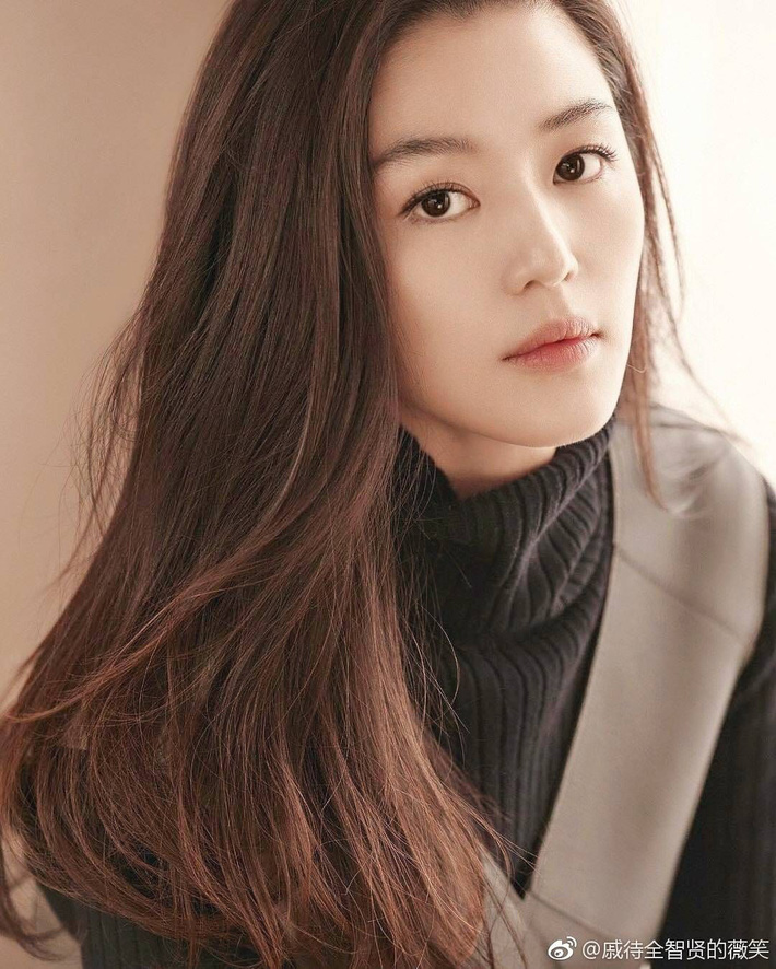 10 sao Hàn là hình mẫu PTTM của chị em: Mũi chuẩn phải như Irene và mợ chảnh Jeon Ji Hyun; mắt đẹp là giống Jennie, Yoona - Ảnh 6.
