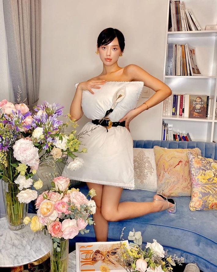Cả dàn sao Việt, người mẫu, hot girl có chất đến mấy vẫn thua đẹp trước Trang Hý khi cùng đu trend lấy gối làm váy - Ảnh 10.