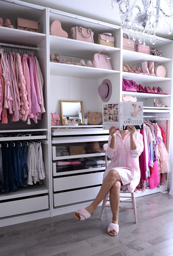 Thêm một dịch vụ hay ho cho hội cuồng shopping: Dọn tủ quần áo tại nhà, biến bãi chiến trường thành store ngăn nắp - Ảnh 1.