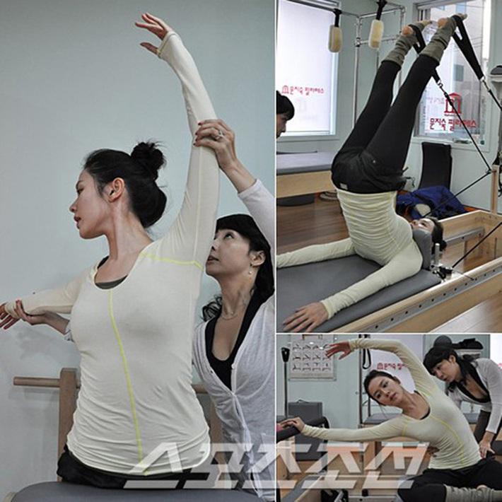 Qua rồi cái thời bị chê là người có vóc dáng tệ nhất nhóm Red Velvet, Yeri giờ đây đã có bụng múi săn chắc nhờ chăm chỉ tập Pilates mỗi ngày - Ảnh 15.
