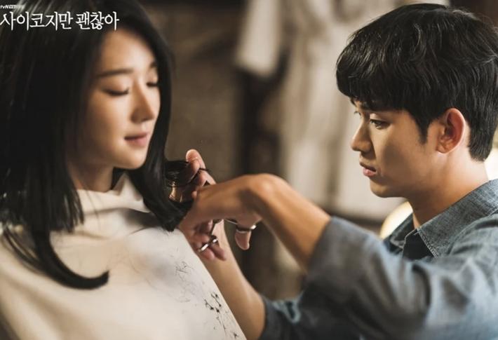 Ai cũng tiếc nuối khi mỹ nhân Seo Ye Ji cắt tóc ngắn, nhưng kiểu tóc này lại chế được bao phiên bản hay ho, nịnh mặt  - Ảnh 1.