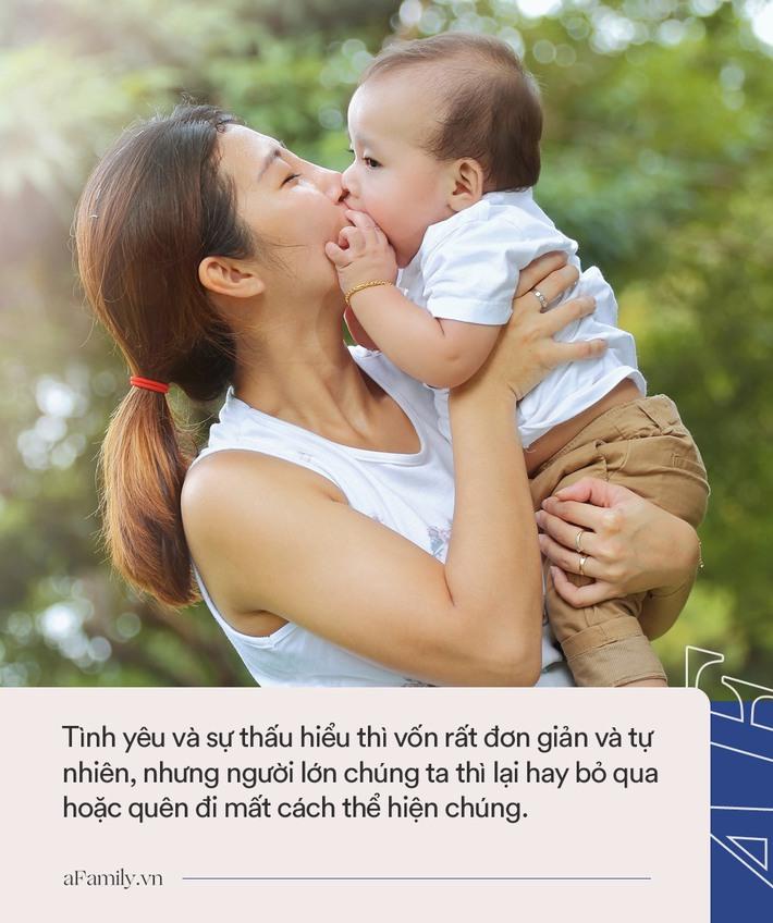 """Ngoài câu nói """"Bố/mẹ yêu con"""" thì đây là những cách giúp cha mẹ thể hiện tình yêu với trẻ mỗi ngày - Ảnh 1."""