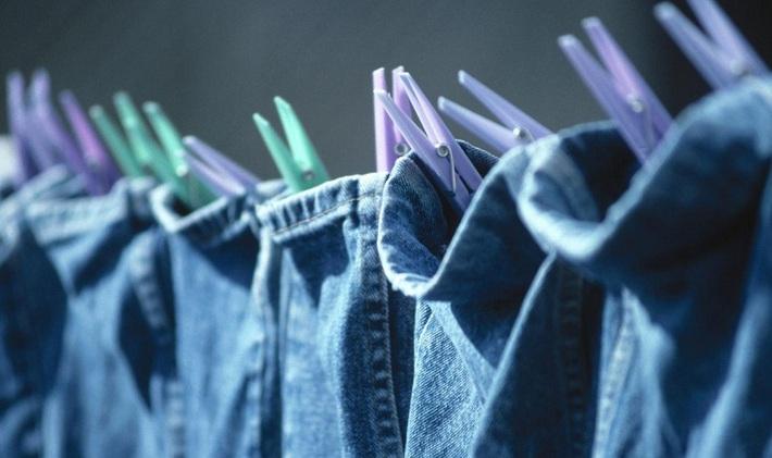 Muốn quần áo khô nhanh lại thơm tho trong những ngày mưa nhiều thì các chị em vào đây xem ngay bí kíp nhé! - Ảnh 2.