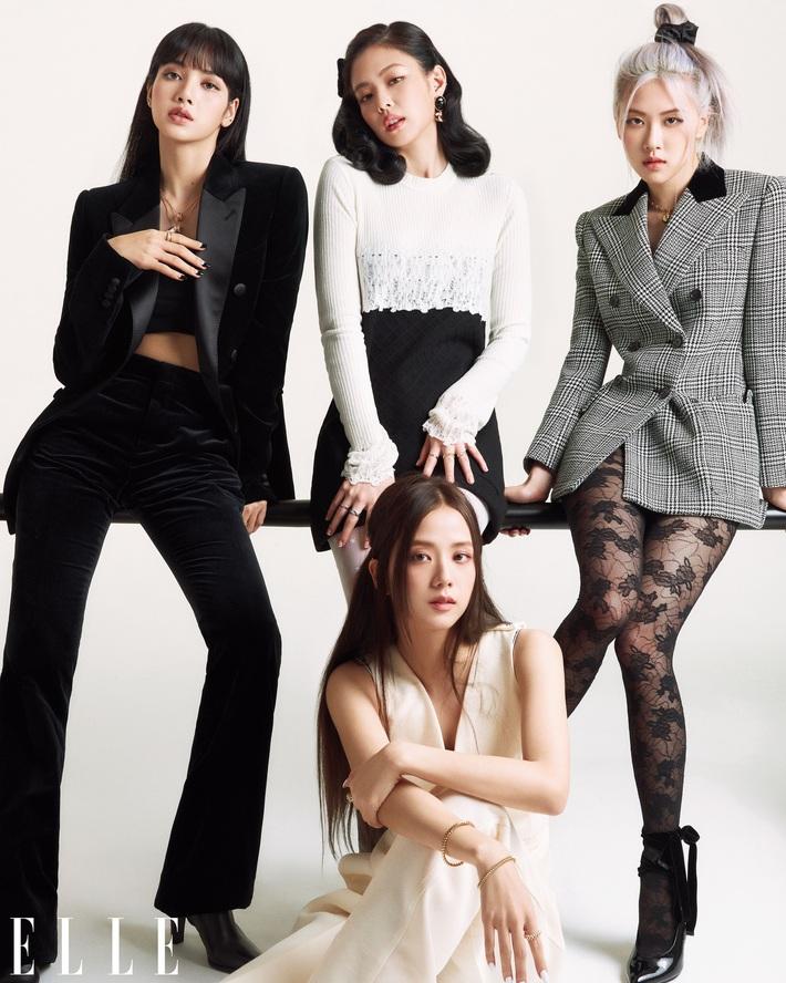 Ảnh bìa Elle Mỹ tỏa ra mùi tiền của BLACKPINK: Mỗi cô dắt túi một nhà mốt cao cấp, đã vậy còn diện toàn trang sức tiền tỷ - Ảnh 6.