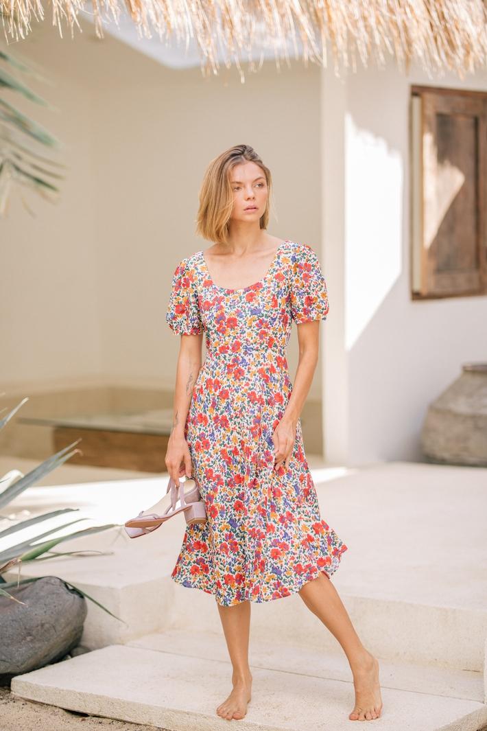 Nhờ stylist sửa đồ mà visual Jennie như được nâng tầm, khác bọt đáng kể so với người mẫu hãng - Ảnh 4.
