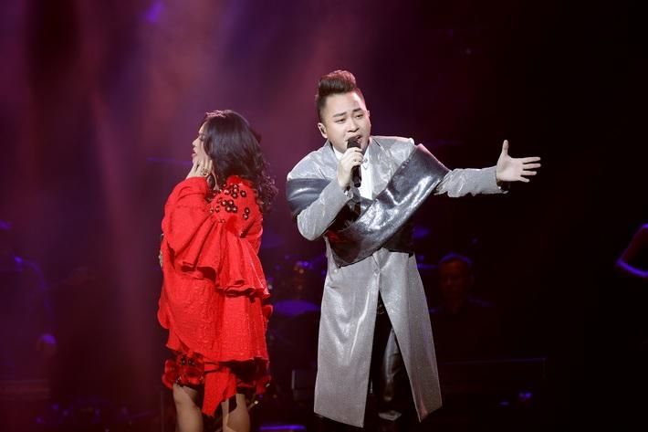 Thanh Lam lần đầu đứng chung sân khấu cùng con ruột và con riêng của bạn trai bác sĩ  - Ảnh 5.