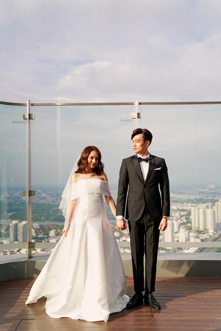Hé lộ ảnh cưới đẹp như mơ của Bảo Anh - Quốc Trường - Ảnh 3.