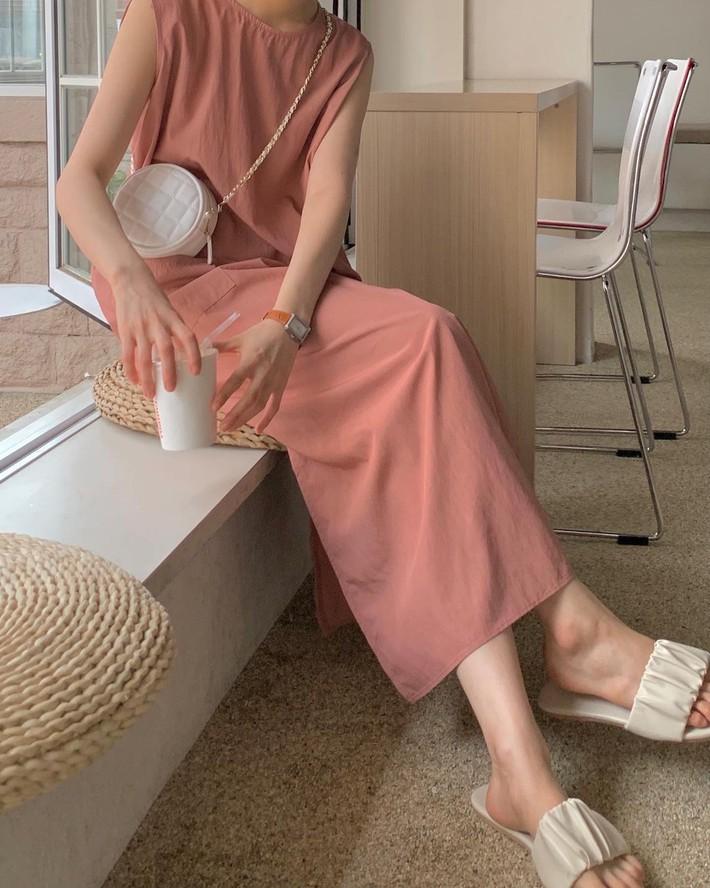 Lưu dần những gợi ý mặc đẹp từ gái Hàn để hết dịch không phải lo không có gì để mặc nữa - Ảnh 13.