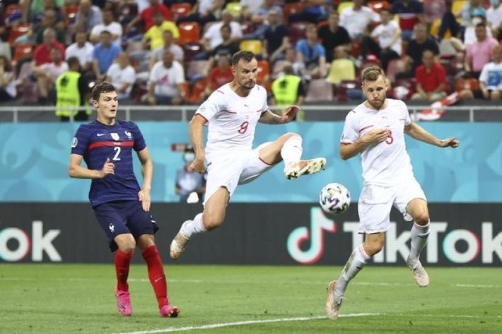 Tứ kết EURO 2020: