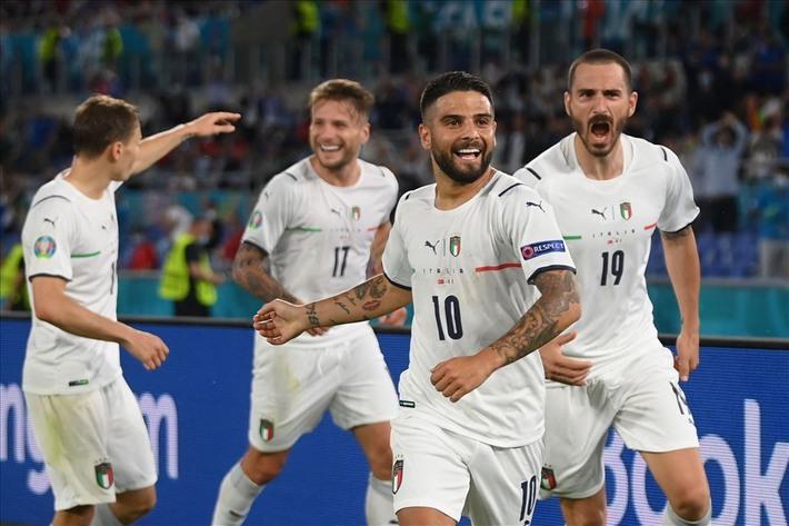 Tây Ban Nha vào bán kết bằng loạt penalty, Thụy Sĩ ngẩng cao đầu rời EURO 2020 - Ảnh 1.