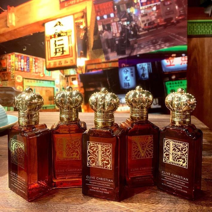 Choáng váng với độ giàu của Trấn Thành: Tậu nguyên chiếc đồng hồ gần 6 tỷ đồng, BST nước hoa hơn 300 chai đã là gì đâu  - Ảnh 7.