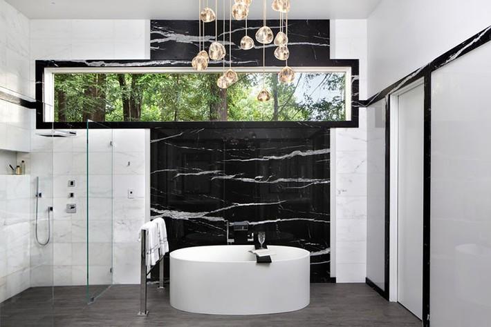 Bất kể lớn bé thế nào thì một căn phòng tắm với thiết kế bồn tắm luôn là tuyệt vời nhất - Ảnh 14.