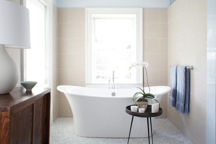 Bất kể lớn bé thế nào thì một căn phòng tắm với thiết kế bồn tắm luôn là tuyệt vời nhất - Ảnh 2.