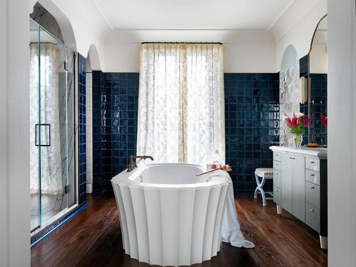 Bất kể lớn bé thế nào thì một căn phòng tắm với thiết kế bồn tắm luôn là tuyệt vời nhất - Ảnh 4.