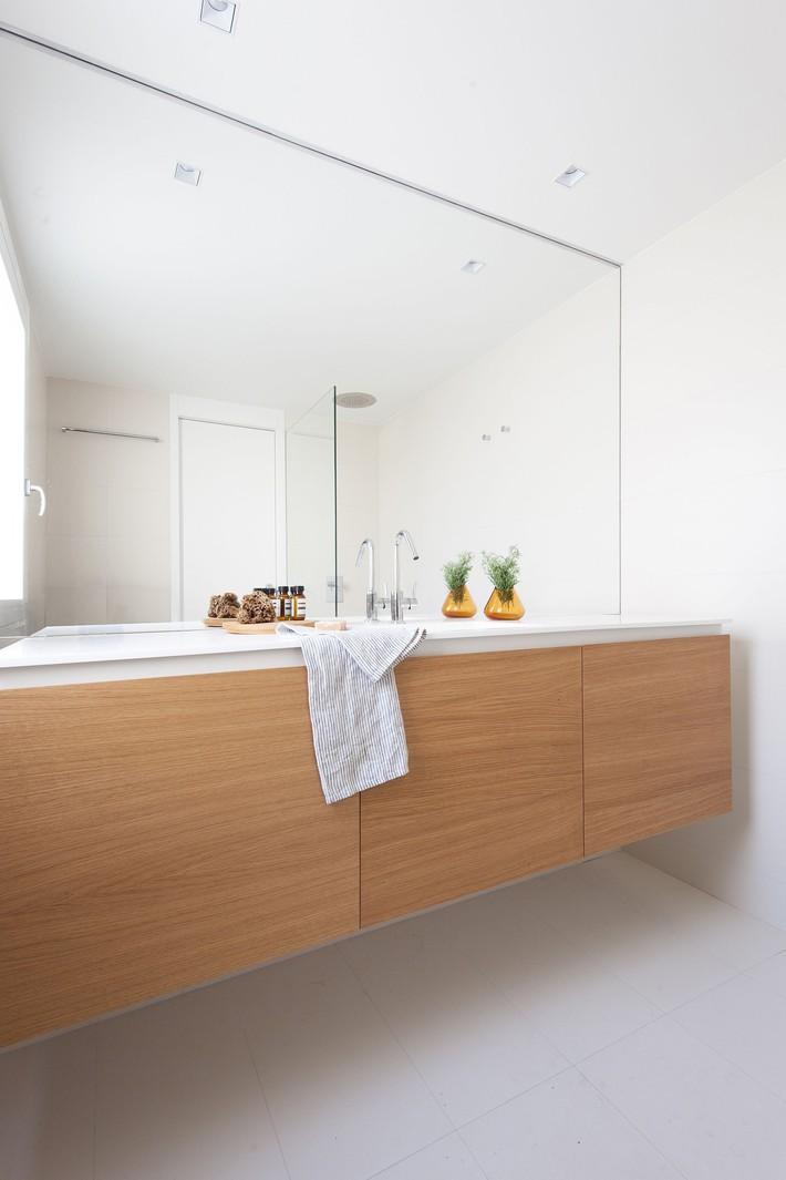 Nhà nhỏ nhưng không bí bách nhờ những món đồ nội thất đa chức năng   - Ảnh 10.