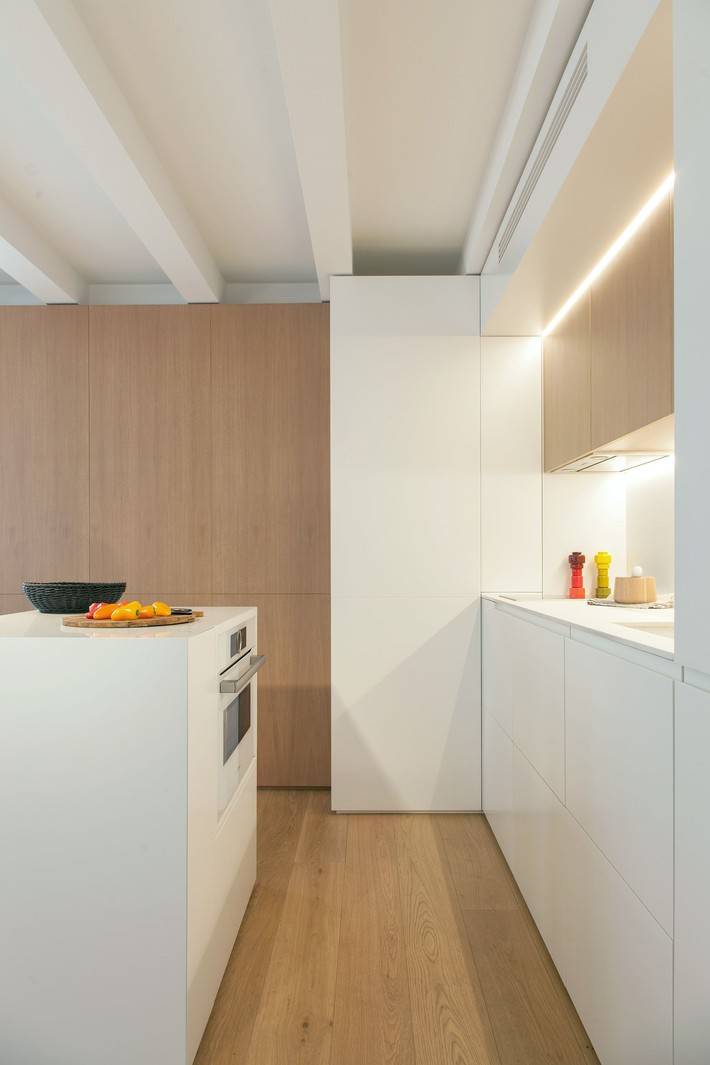 Nhà nhỏ nhưng không bí bách nhờ những món đồ nội thất đa chức năng   - Ảnh 11.