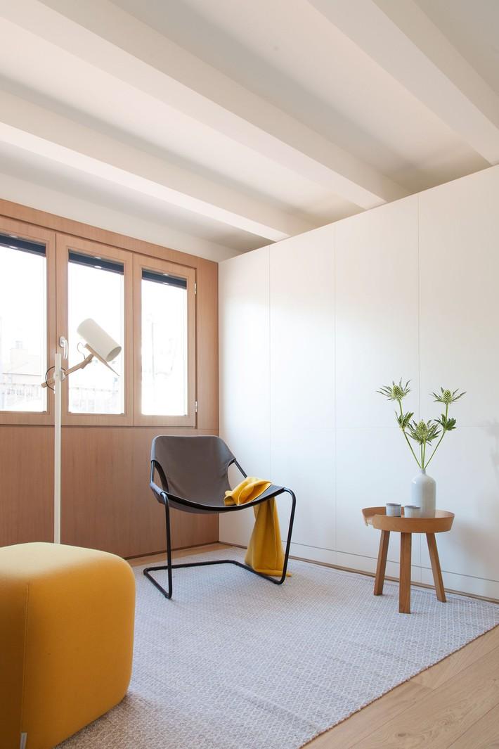 Nhà nhỏ nhưng không bí bách nhờ những món đồ nội thất đa chức năng   - Ảnh 7.