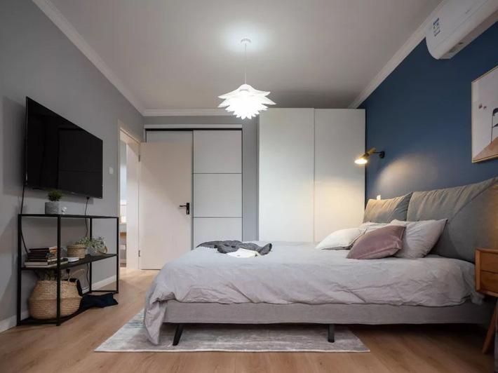 Phong cách Bắc Âu nhẹ nhàng với tông màu xanh, ghi, hồng được kết hợp vô cùng đặc biệt trong căn hộ 56m²  - Ảnh 13.