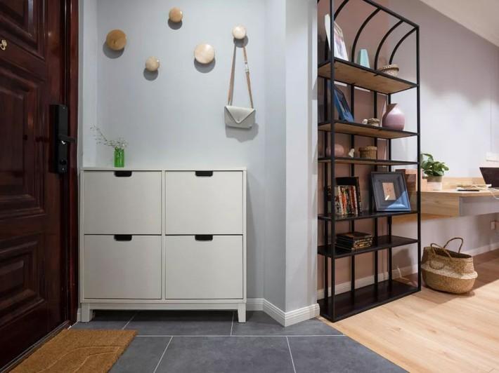 Phong cách Bắc Âu nhẹ nhàng với tông màu xanh, ghi, hồng được kết hợp vô cùng đặc biệt trong căn hộ 56m²  - Ảnh 4.