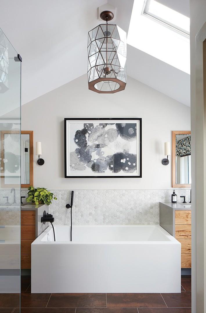 Đâu chỉ phòng khách, phòng ngủ mà phòng tắm cũng cần có một bức tranh treo tường - Ảnh 10.