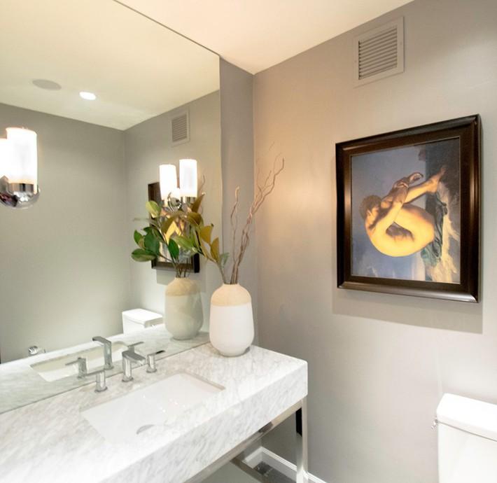 Đâu chỉ phòng khách, phòng ngủ mà phòng tắm cũng cần có một bức tranh treo tường - Ảnh 4.